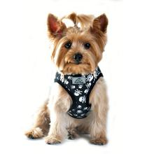American River Choke Free Dog Harness - Skulls and Crossbones