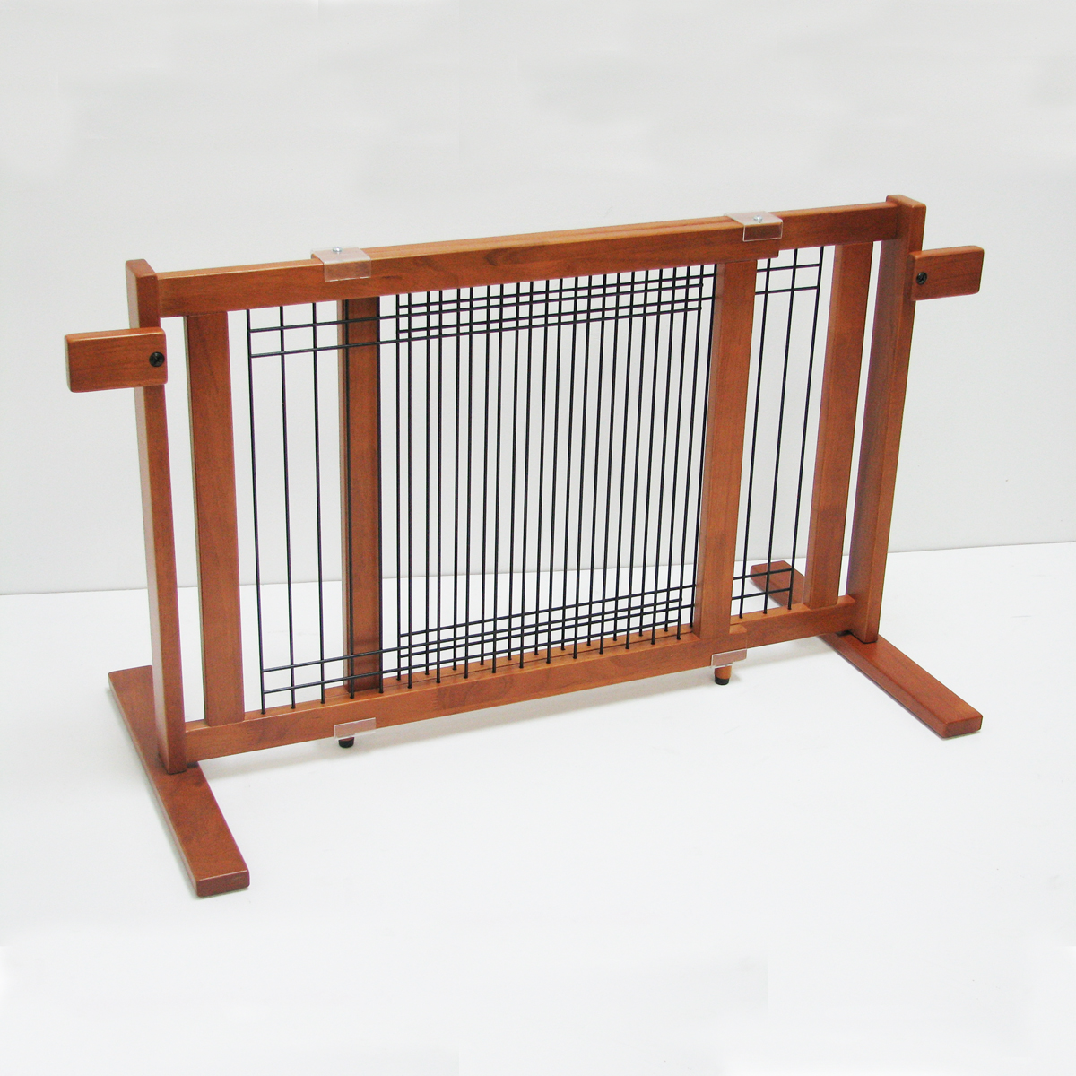 Crown Wood-Wire 21inch Height Pet Gate - Chestnut Brown