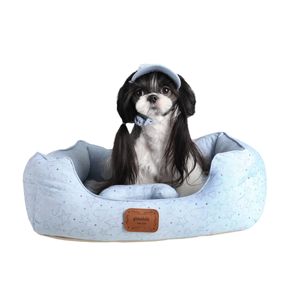 Skyline Lodge Dog Bed by Pinkaholic - Light Blue