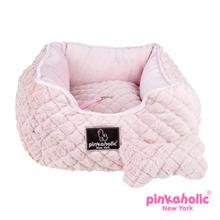 Arctic Square Dog Bed by Pinkaholic - Pink