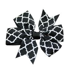 Quatrefoil Dog Bow - Black