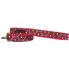 WaLk-e-Woo Pink Daisies on Gray Dog Leash