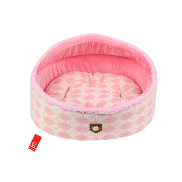 Argyle Mode Dog Bed by Puppia - Pink