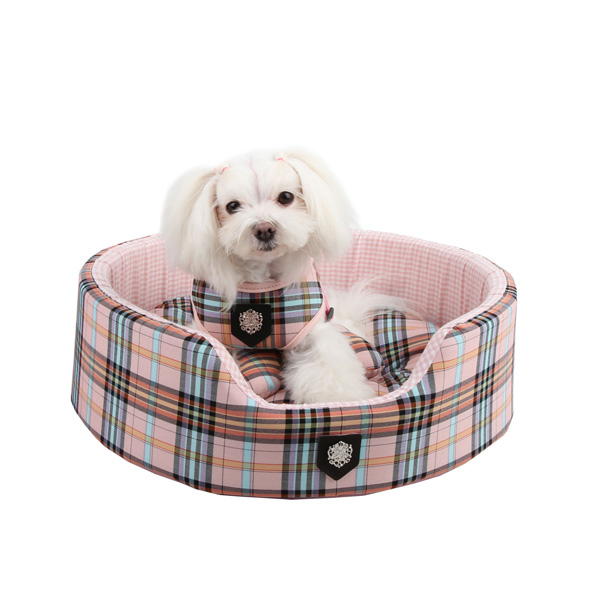 Classic Plaid Dog Bed by Puppia - Pink