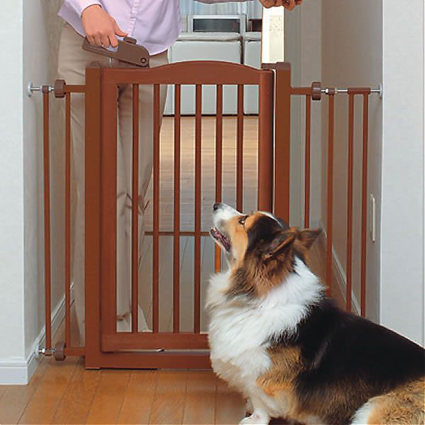 One-Touch Wood Pet Gate - Autumn Matte