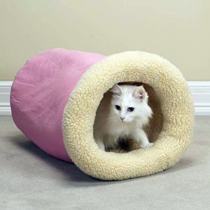 Sherpa Kitty Cat Tumble Beds by Savvy Tabby