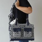 View Image 2 of Betty Boop Dog Carrier - Blue