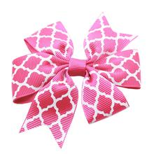 Quatrefoil Dog Bow - Bright Pink
