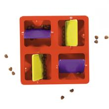 Tic Tac Twirl Dog Puzzle Toy