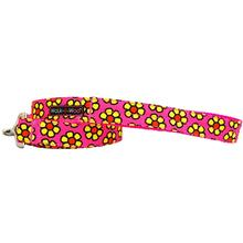 WaLk-e-Woo Yellow Daisies on Pink Dog Leash